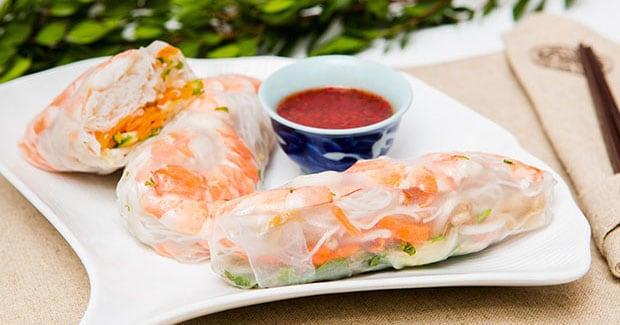 Vietnamese Summer Rolls with Peanut Dipping Sauce Recipe