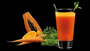 Jus d'orange, papaye, carotte énergisant