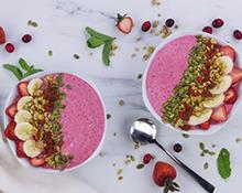 Frozen Red Berries & Coconut Smoothie Bowl