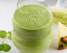 Pineapple Lettuce and Mint Smoothie Blender Recipe