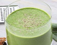 Spinach, Green Apple & Almond Smoothie
