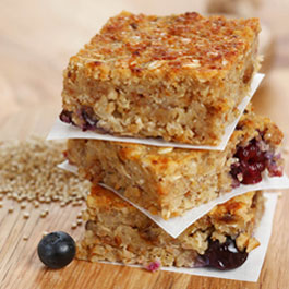 Blueberry, almond, quinoa breakfast bars