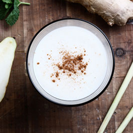 Pear lemongrass and ginger smoothie