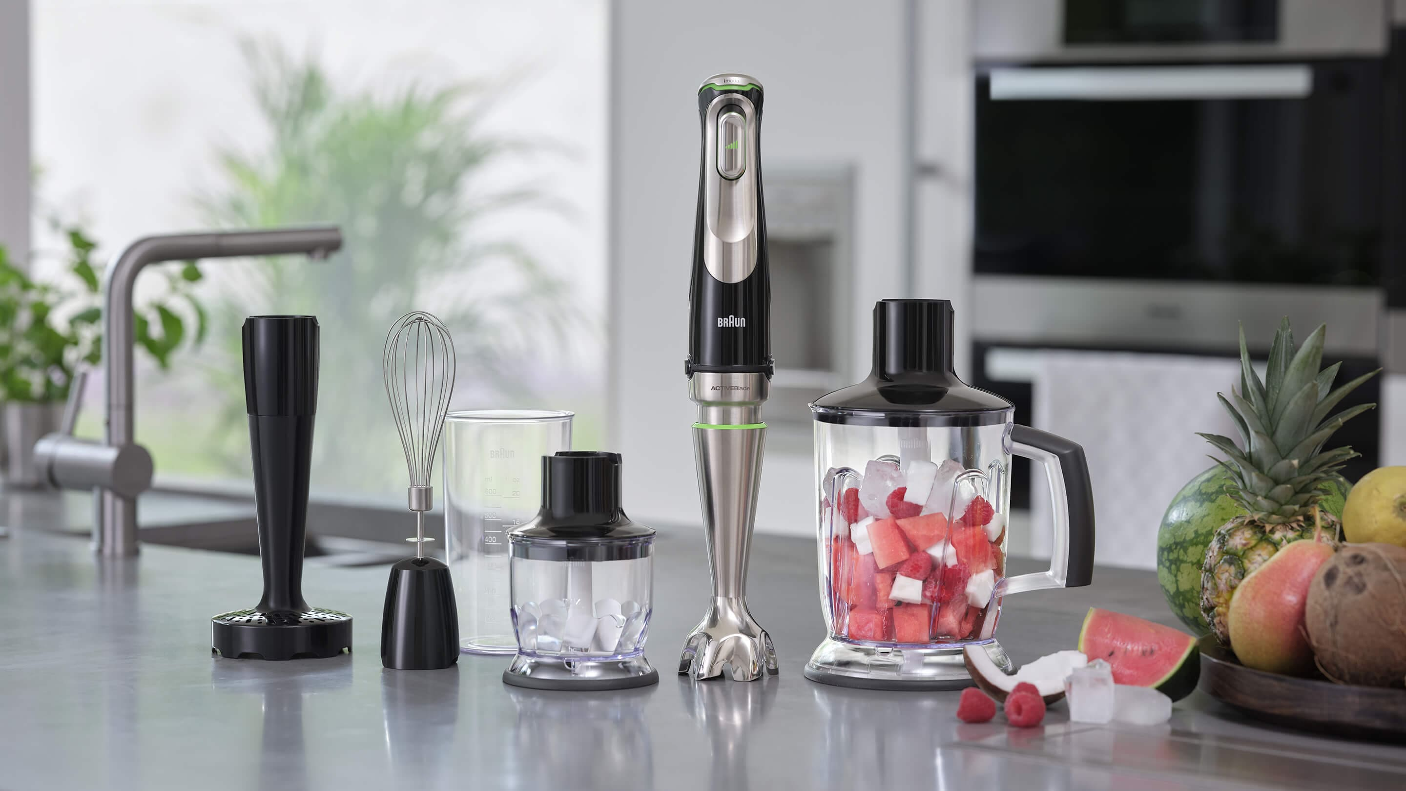 Braun MultiQuick 9X Hand blender in use