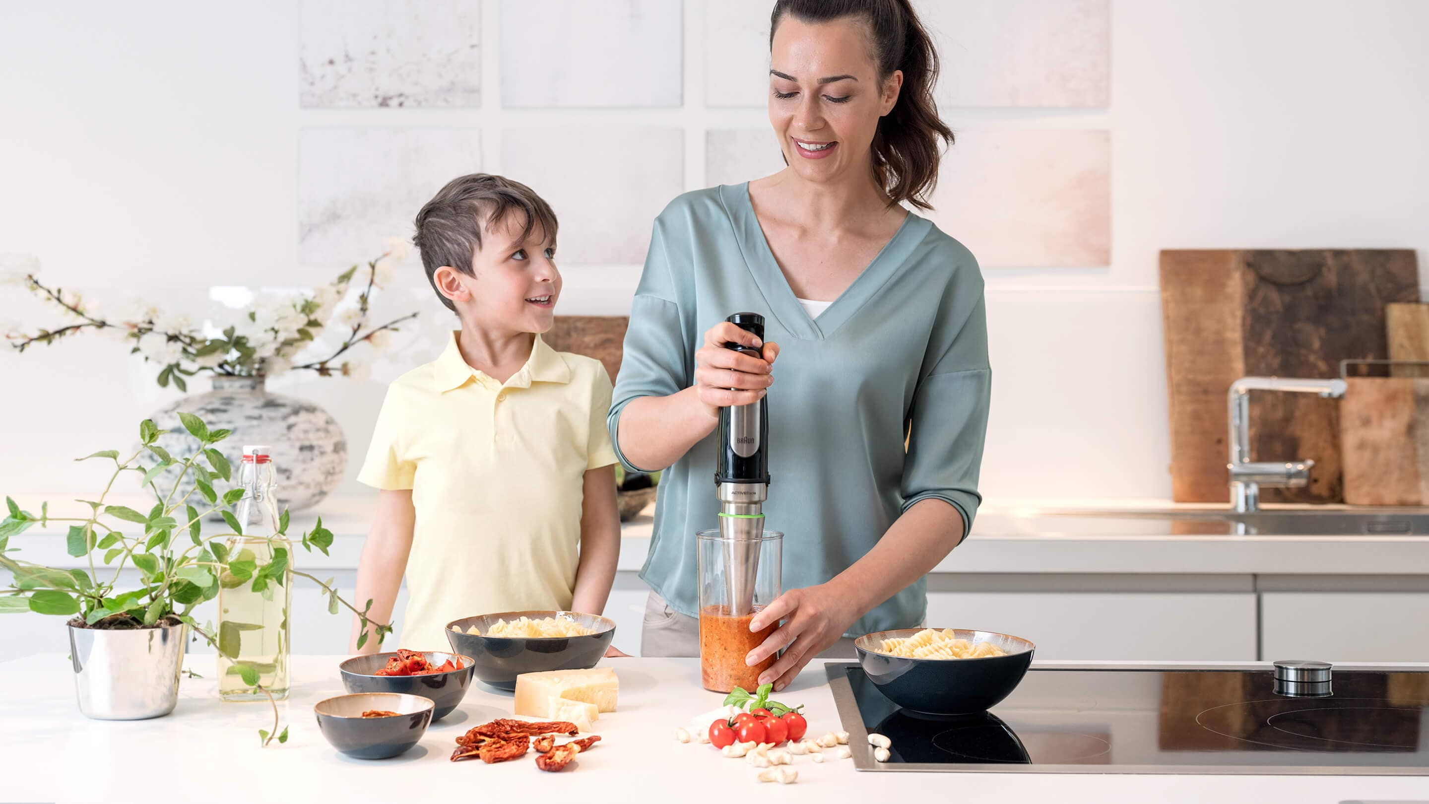 Braun MultiQuick 7 Hand blender in use