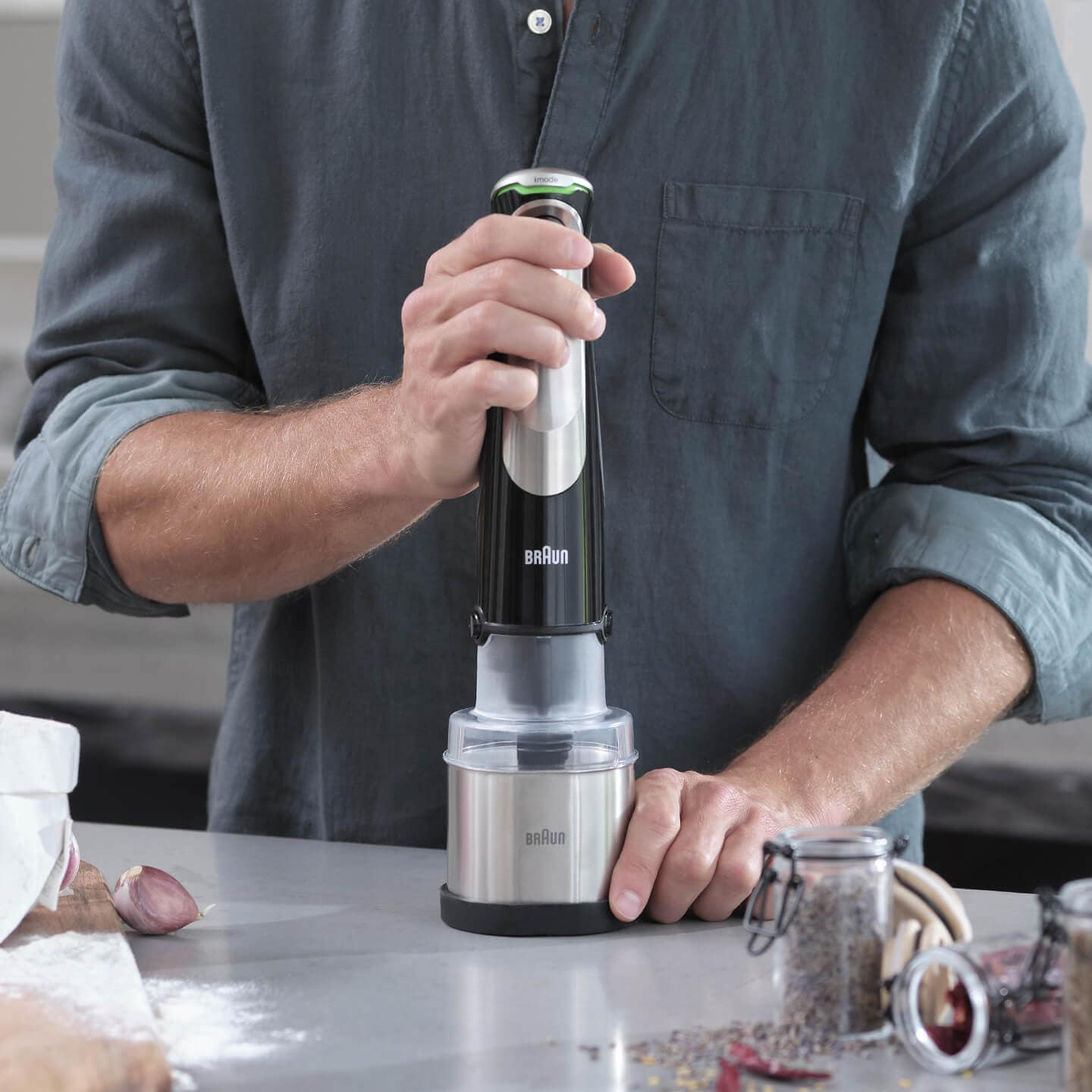 Braun MultiQuick 9X Hand blender with grinder attachment