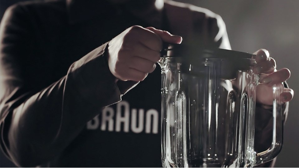 Watch the IdentityCollection Jug blender video
