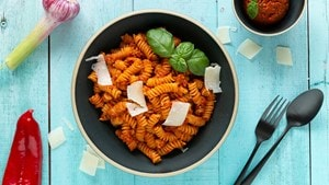 Fusilli au pesto rouge
